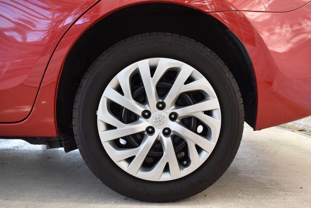 2017 Toyota Corolla LE - 18436051 - 10