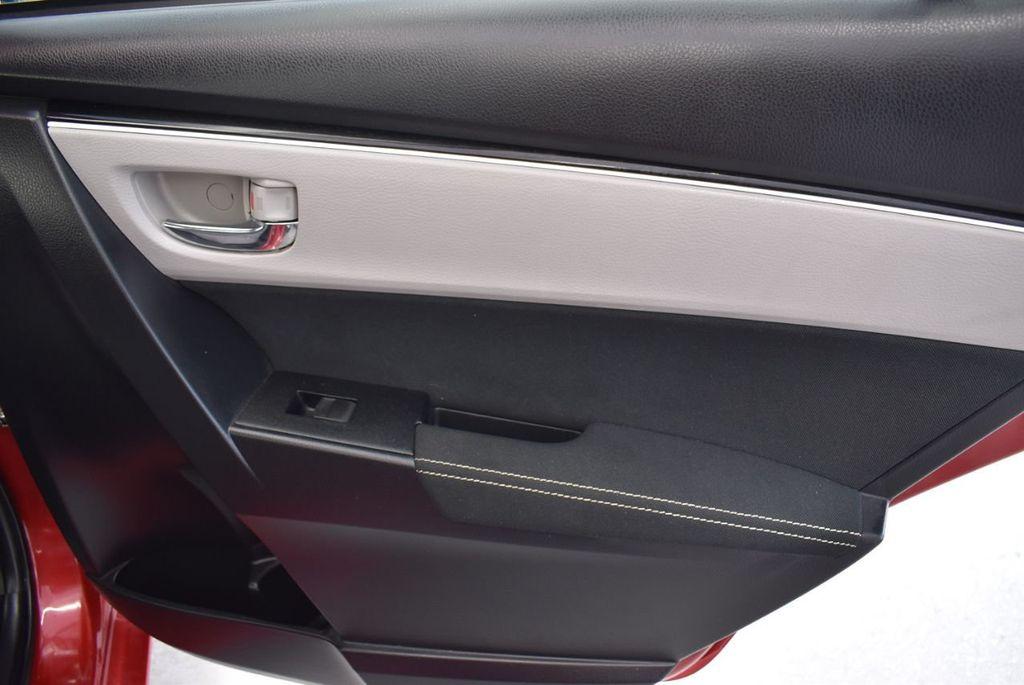 2017 Toyota Corolla LE - 18436051 - 23