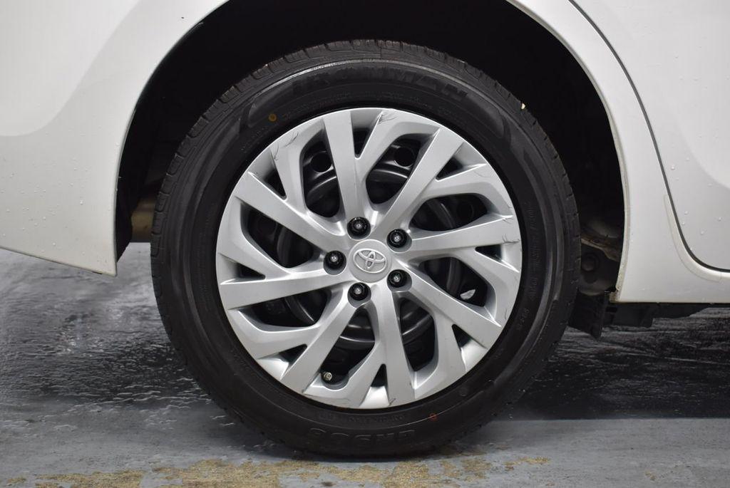 2017 Toyota Corolla LE - 18341580 - 9