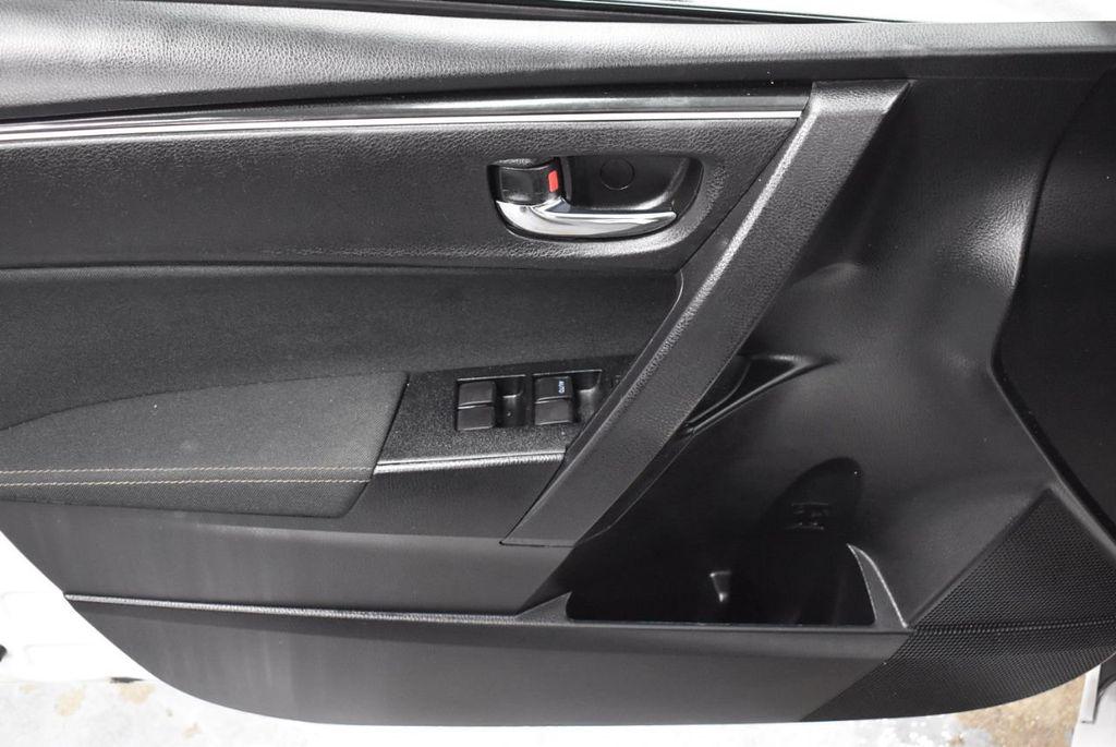 2017 Toyota Corolla LE - 18341580 - 15