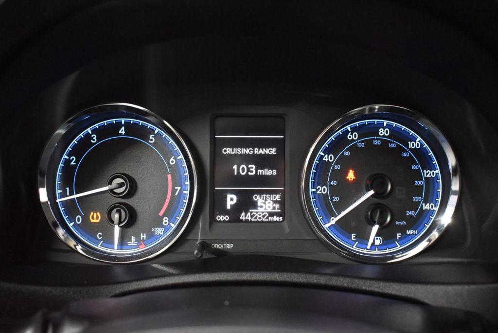 2017 Toyota Corolla LE - 18341580 - 16