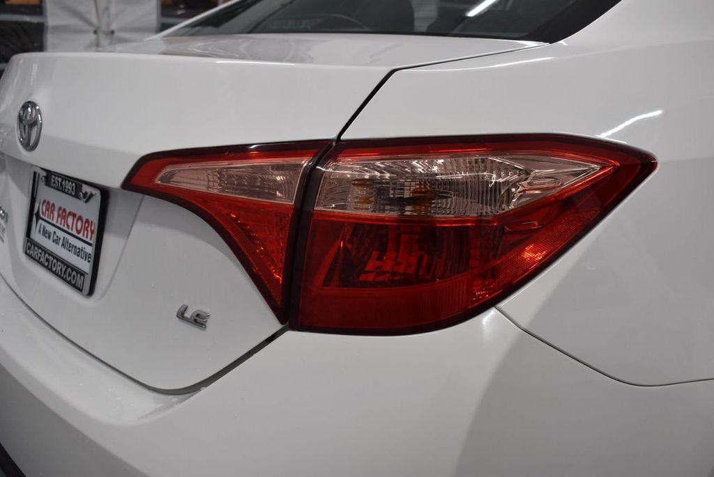 2017 Toyota Corolla LE - 18341580 - 1