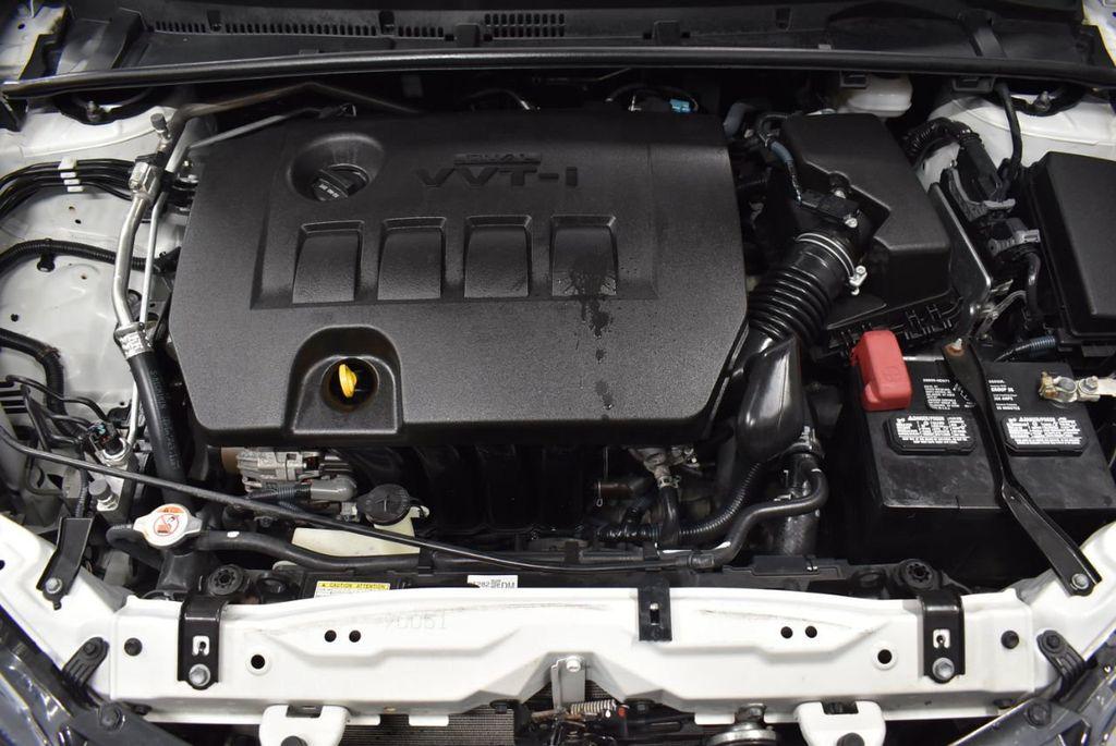 2017 Toyota Corolla LE - 18341580 - 26
