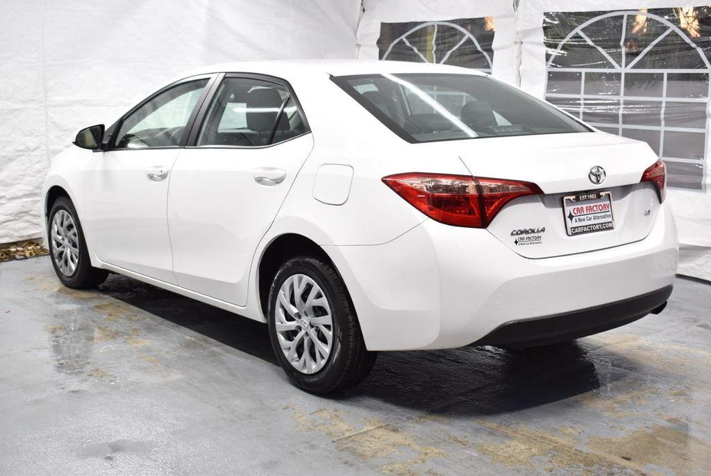 2017 Toyota Corolla LE - 18341580 - 5