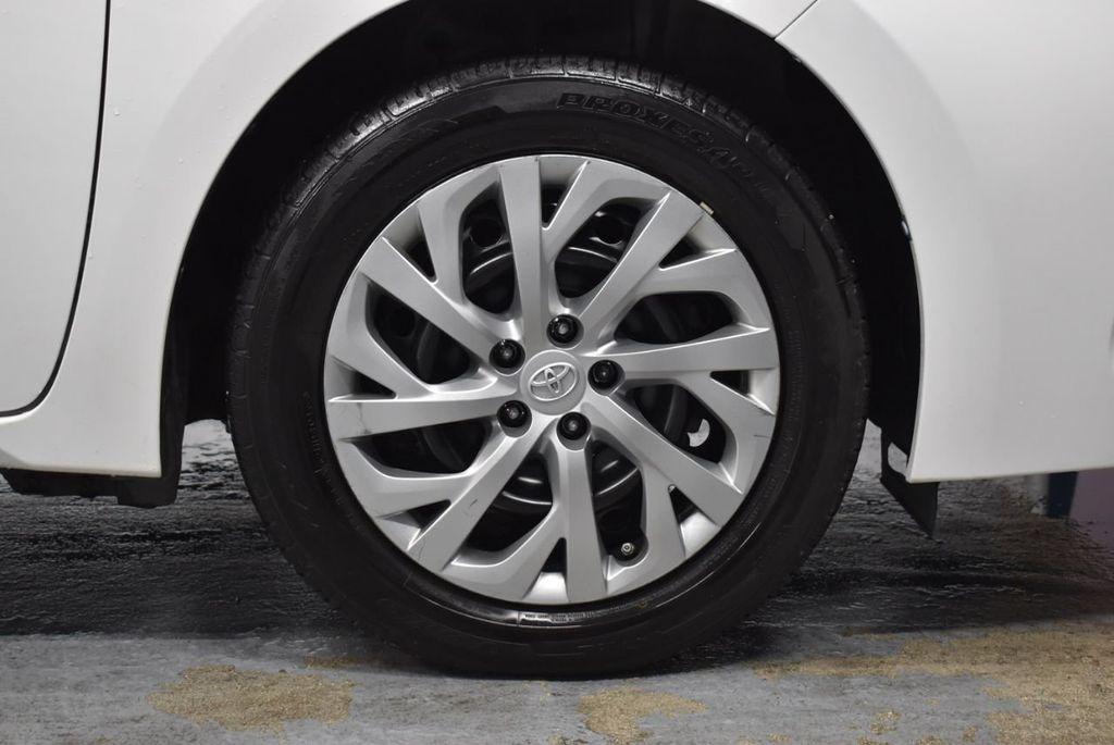 2017 Toyota Corolla LE - 18341580 - 8
