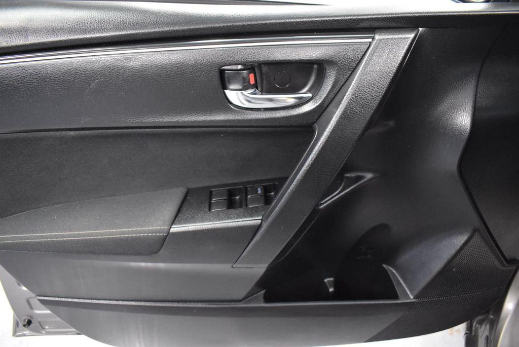 2017 Toyota Corolla LE - 18341581 - 13