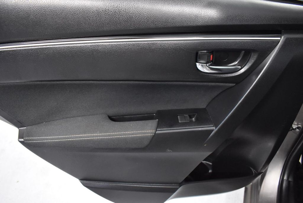 2017 Toyota Corolla LE - 18341581 - 15