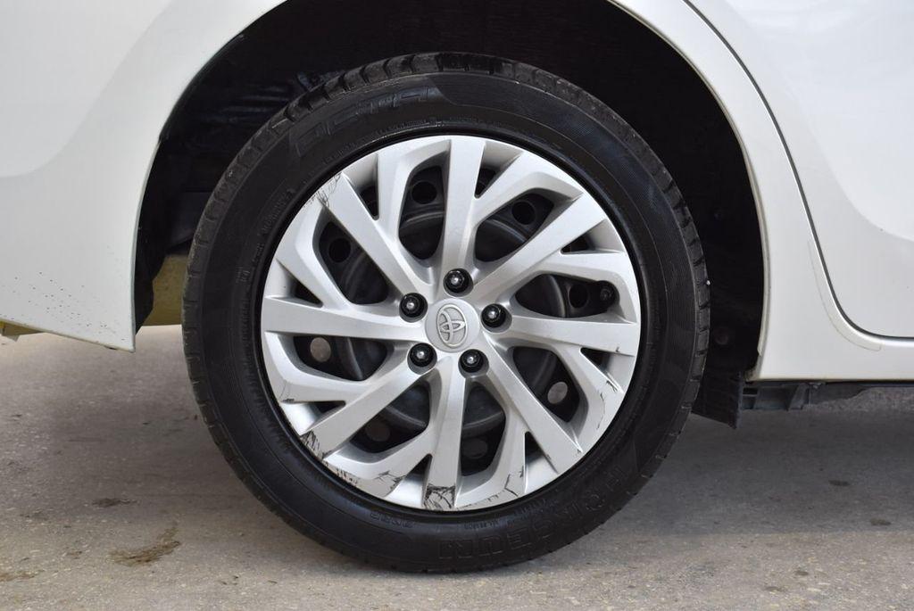 2017 Toyota Corolla LE - 18497673 - 9