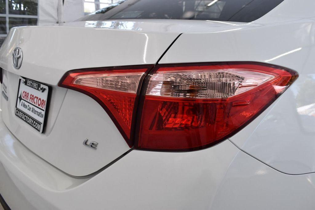2017 Toyota Corolla LE - 18497673 - 1