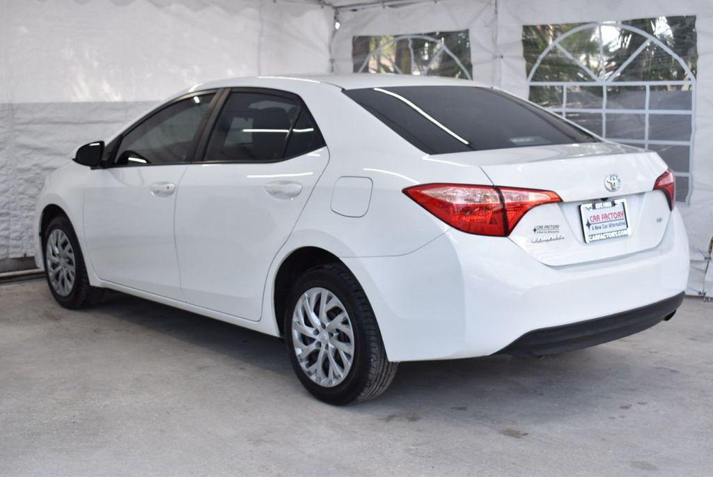 2017 Toyota Corolla LE - 18497673 - 5