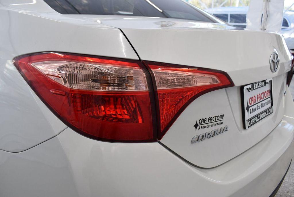 2017 Toyota Corolla LE - 18497673 - 6