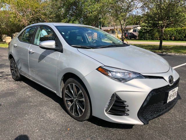 2017 Toyota Corolla SE - Click to see full-size photo viewer