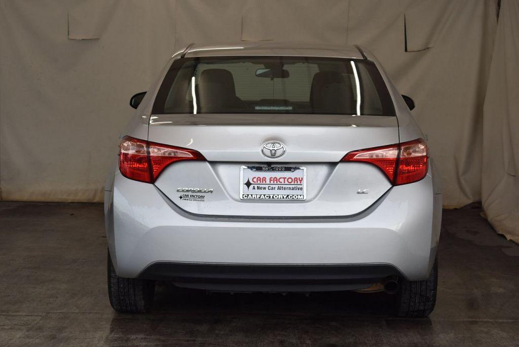 2017 Toyota Corolla SE CVT - 17971219 - 5