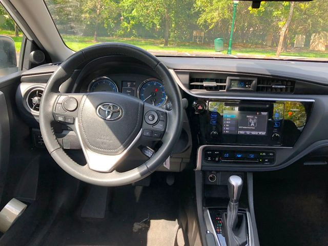 2017 Toyota Corolla Se Manual Click To See Full Size Photo Viewer