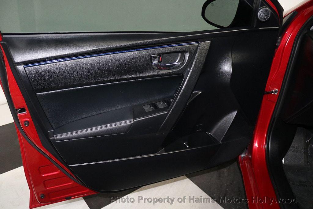2017 Toyota Corolla SE MODEL - 17842912 - 8