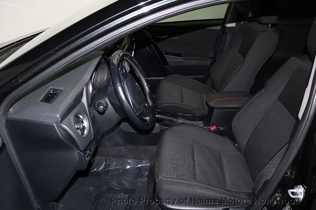 2017 Toyota Corolla iM Custom Car - 18588529 - 16