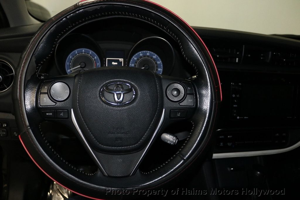 2017 Toyota Corolla iM Custom Car - 18588529 - 25