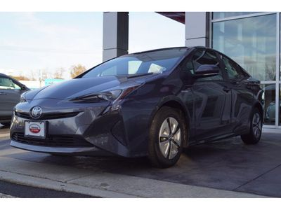 2017 Toyota Prius Four Sedan - Click to see full-size photo viewer