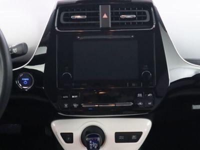 2017 Toyota Prius Three Sedan - Click to see full-size photo viewer