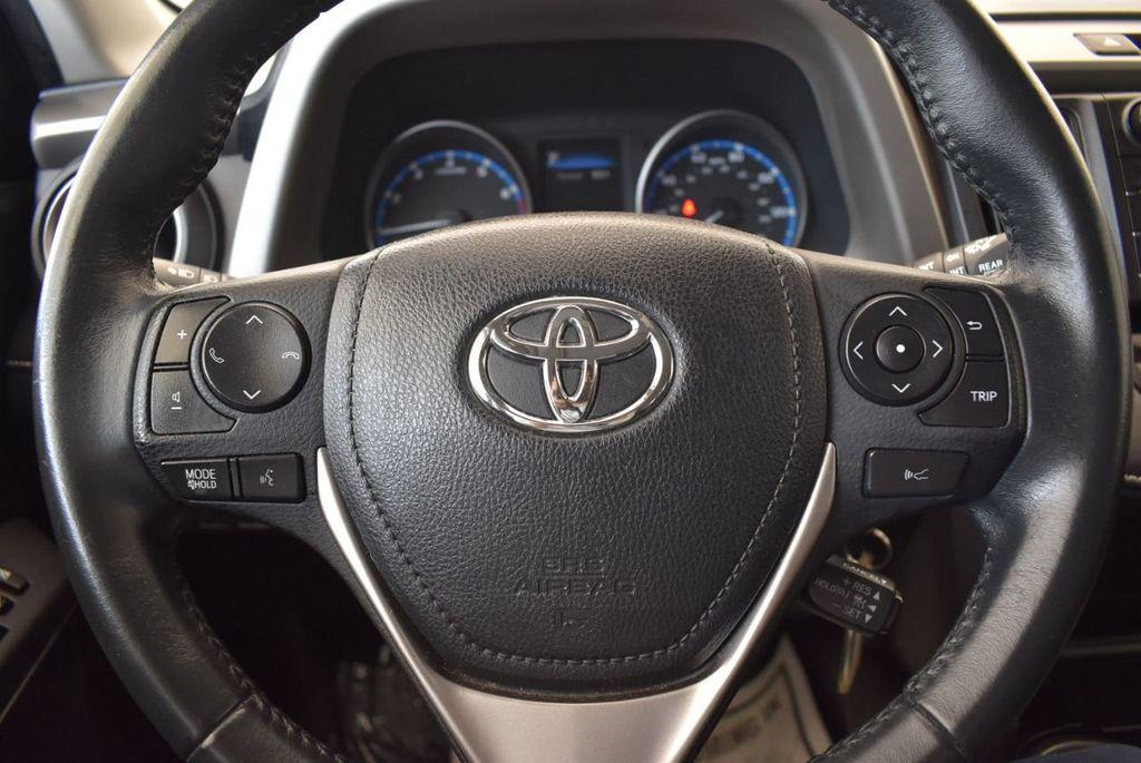 2017 Toyota RAV4 XLE FWD - 18070730 - 15