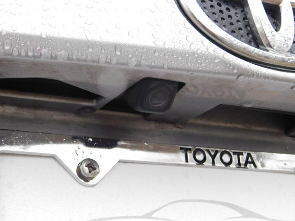 2017 Toyota RAV4 XLE FWD - 18495799 - 13
