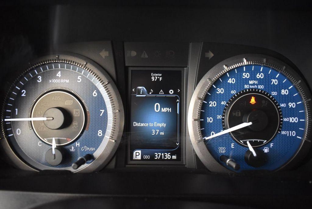 2017 Toyota Sienna L FWD 7-Passenger - 18093602 - 15