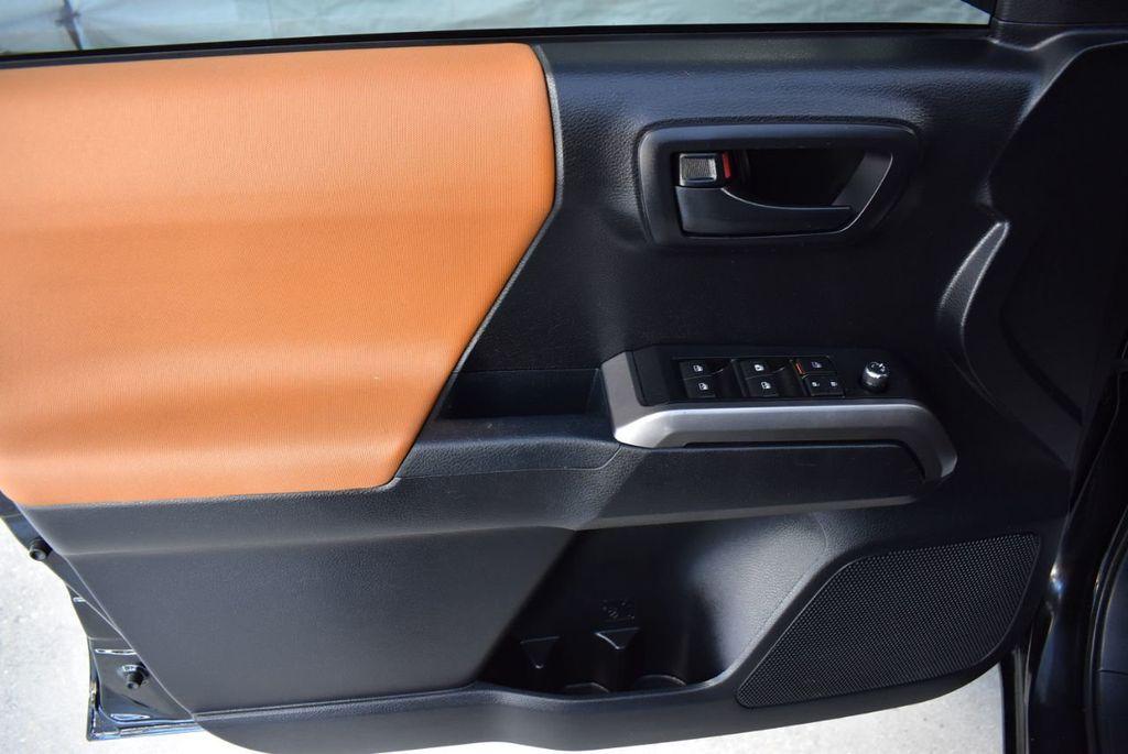 2017 Toyota Tacoma  - 18423355 - 11