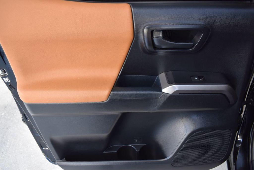 2017 Toyota Tacoma  - 18423355 - 13