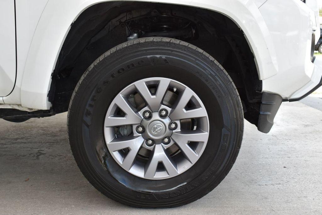 2017 Toyota Tacoma  - 18615537 - 9