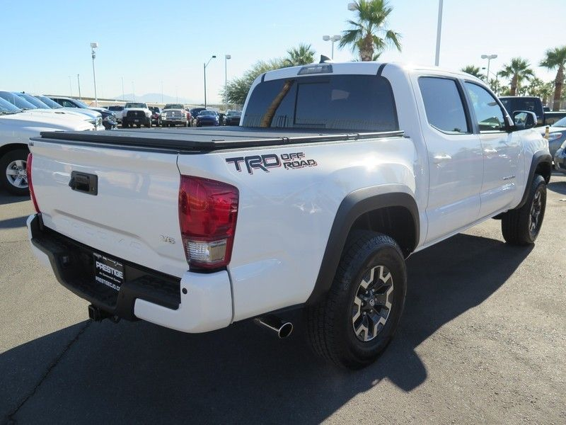 2017 Toyota Tacoma TRD Off Road Double Cab 5' Bed V6 4x2 Automatic - 17183372 - 10