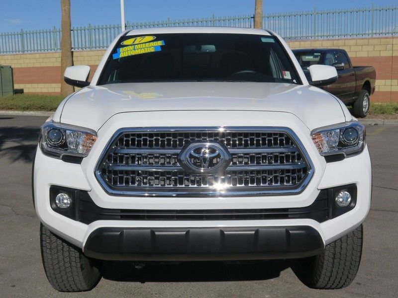2017 Toyota Tacoma TRD Off Road Double Cab 5' Bed V6 4x2 Automatic - 17183372 - 1