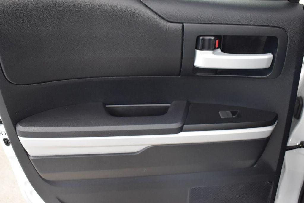 2017 Toyota Tundra  - 18546264 - 11