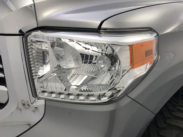 Good 2017 Toyota Tundra SR5   18127932   9