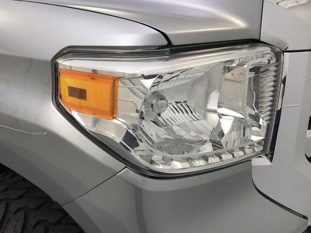 2017 Toyota Tundra SR5   18127932   14