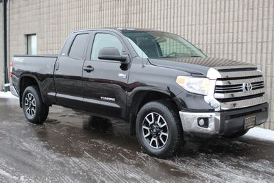 2017 Toyota Tundra TRD OFF ROAD SR5 5.7L V8 ONE OWNER W/ NEW TIRES Truck