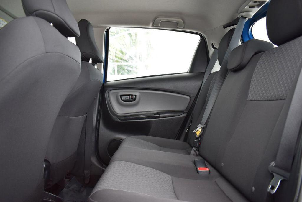 2017 Toyota Yaris  - 18676061 - 10