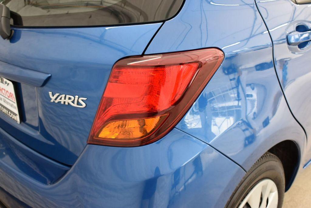 2017 Toyota Yaris  - 18676061 - 1