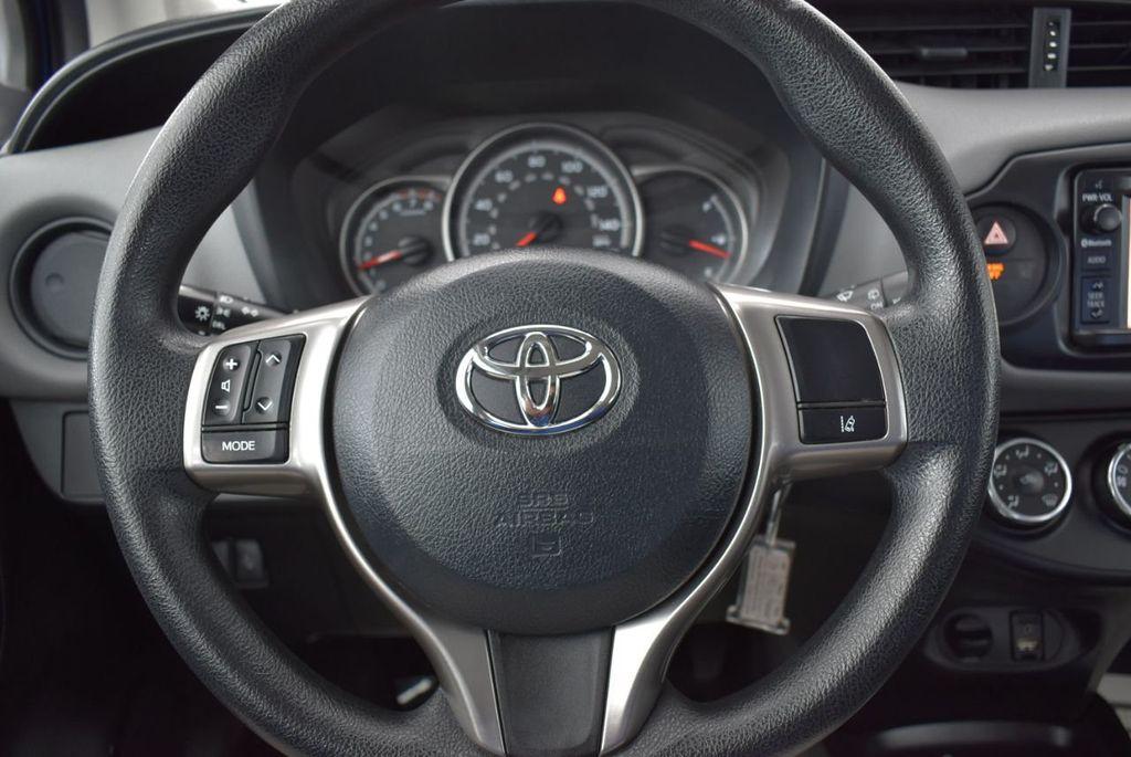 2017 Toyota Yaris  - 18676061 - 19