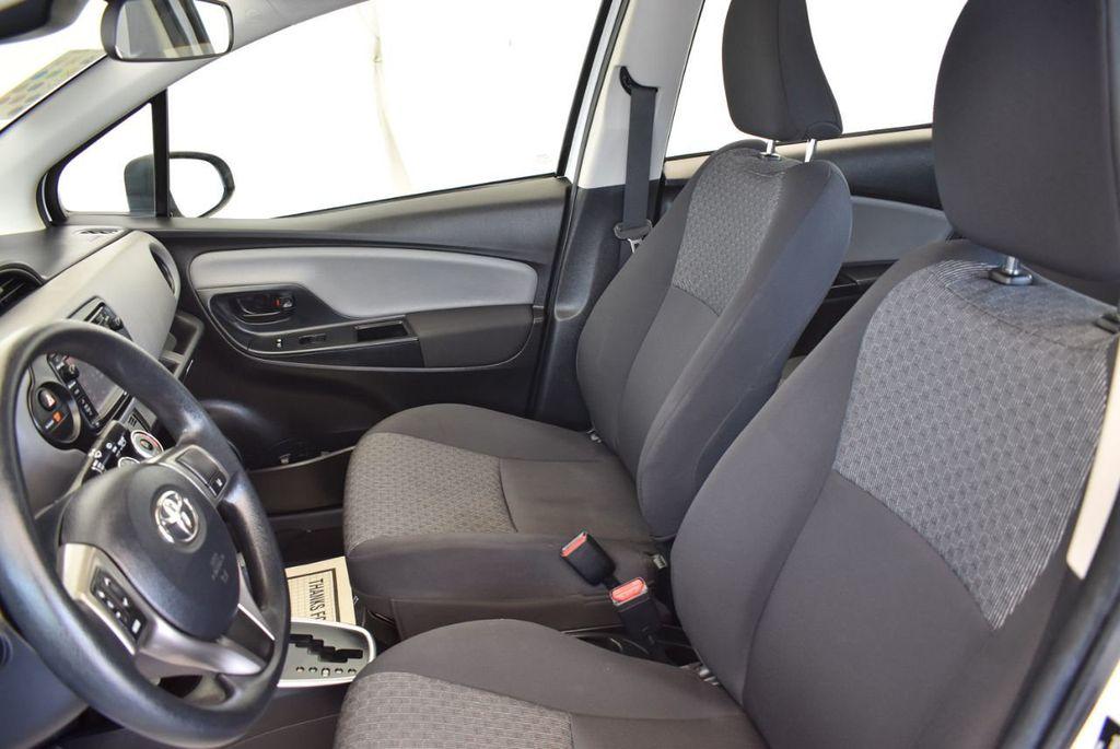 2017 Toyota Yaris 5-Door L Automatic - 18061081 - 14
