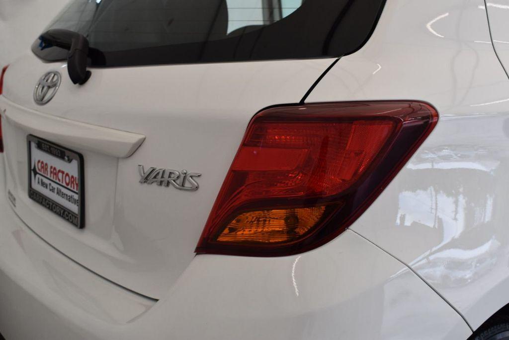 2017 Toyota Yaris 5-Door L Automatic - 18061081 - 1