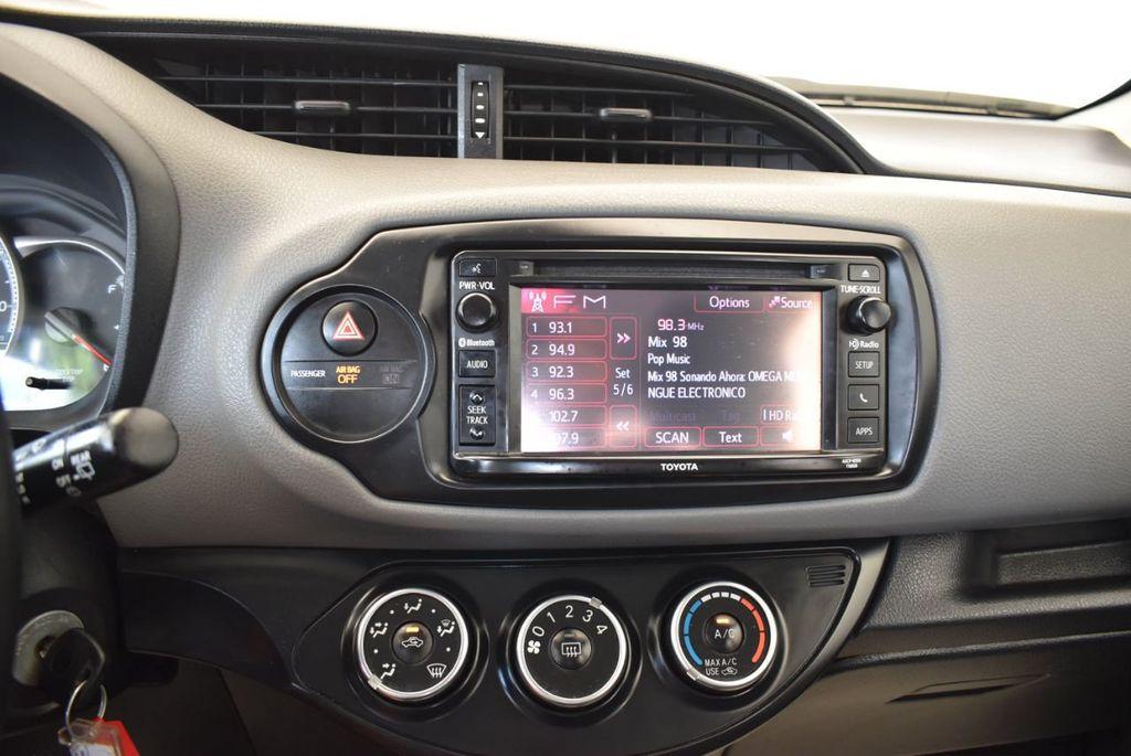 2017 Toyota Yaris 5-Door L Automatic - 18061081 - 19