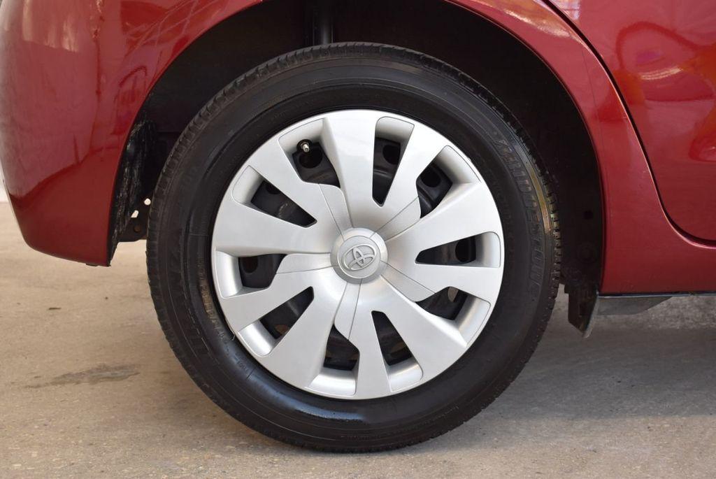 2017 Toyota Yaris SE - 18415837 - 9