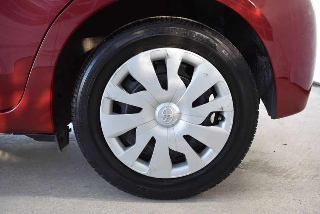 2017 Toyota Yaris SE - 18415837 - 10
