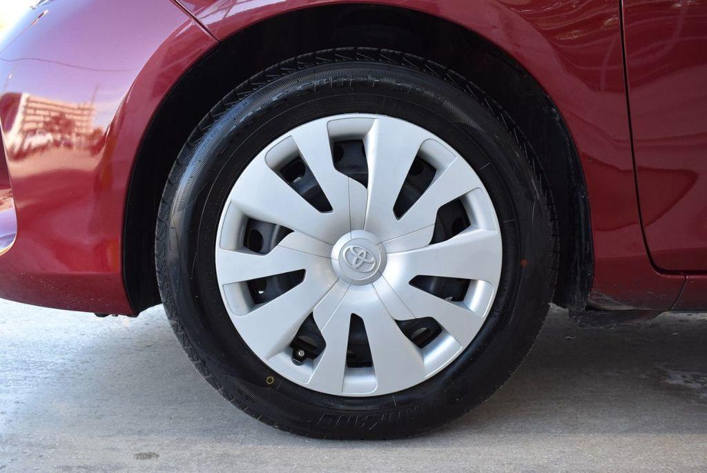 2017 Toyota Yaris SE - 18415837 - 11
