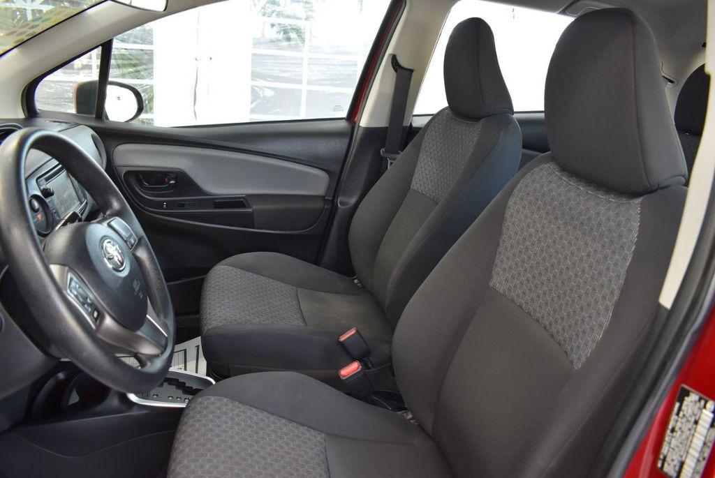 2017 Toyota Yaris SE - 18415837 - 15
