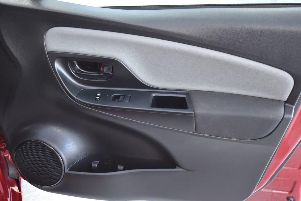 2017 Toyota Yaris SE - 18415837 - 22