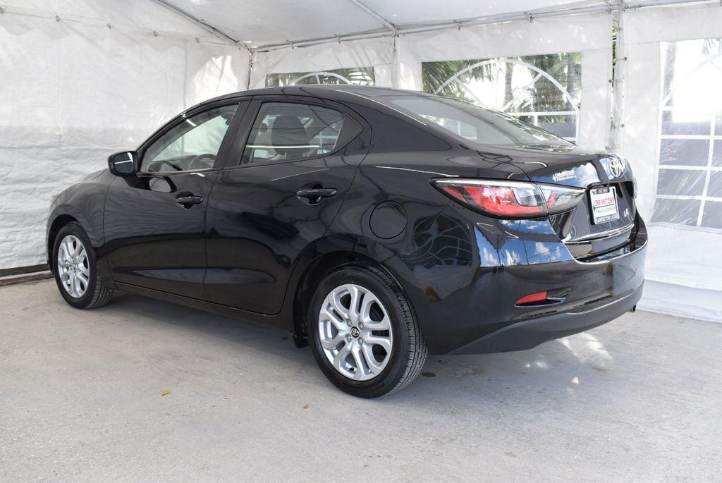 2017 Toyota Yaris iA  - 18615524 - 3