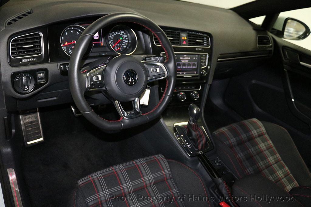 2017 Volkswagen Golf GTI  - 18378759 - 17