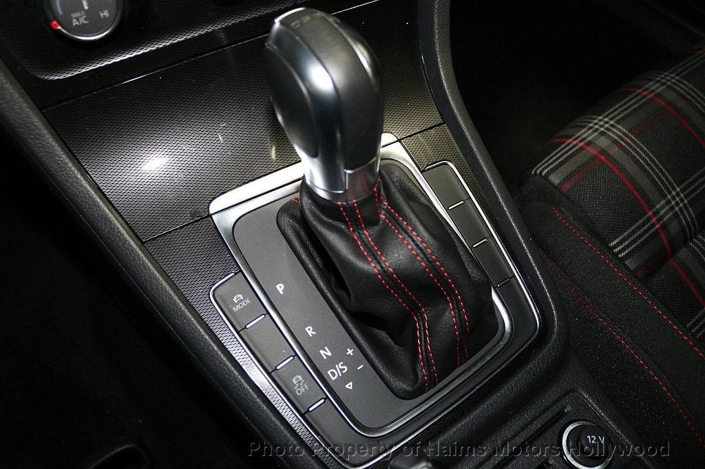 2017 Volkswagen Golf GTI  - 18378759 - 21