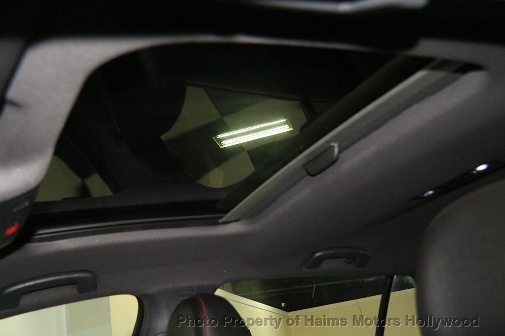 2017 Volkswagen Golf GTI 2.0T 4-Door SE DSG - 17245882 - 18